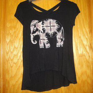 Maxx & Nikki Black Keyhole Elephant Tee Top Small